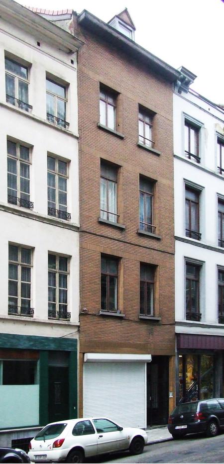 Papiers peints Debruyne-Vleck, Rue Saint-Jean 41, Bruxelles, façade (© CM, photo 2014)