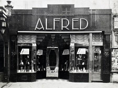 Alfred, Rue Neuve 39, Bruxelles, devanture du magasin (© Fondation CIVA Stichting/AAM, Brussels /Paul Hamesse)