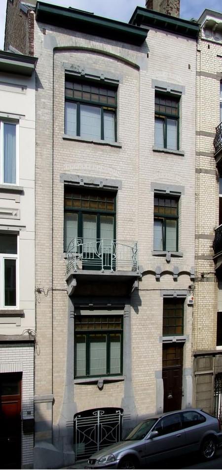 Trooststraat 100, Schaarbeek, opstand voorgevel (© CM, foto 2013)