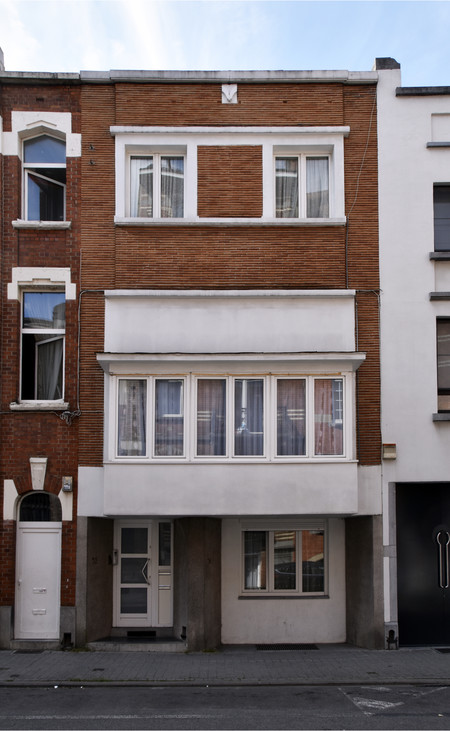 Rue Edmond Van Cauwenbergh 52-54, Molenbeek-Saint-Jean, élévation principale (© APEB, photo 2017)