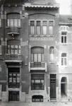 Félix Delhassestraat 11-13, Sint-Gillis, gevel huis n°11 (© Fondation CIVA Stichting/AAM, Brussels /Paul Hamesse)
