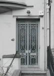 Avenue Maurice 42, Ixelles, porte d'entrée (© APEB, photo 2017)
