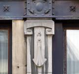 Rue du Lombard 5-9, Bruxelles, pilastre (© CM, photo 2014)