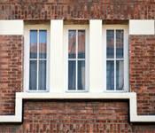 Rue Charles Legrelle 8, Etterbeek, premier étage, trois baies jumelées ( © CM, photo 2017)