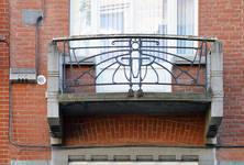 Félix Delhassestraat 11-13, Sint-Gillis, balkon (© APEB, foto 2017 )