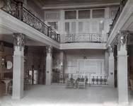 Pathé Palace, Boulevard Anspach 85, Bruxelles, café du premier étage (© Fondation CIVA Stichting/AAM, Brussels /Paul Hamesse)